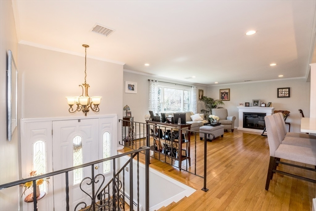 15 Coach Ln, Dedham, MA, 02026, Norfolk Home For Sale