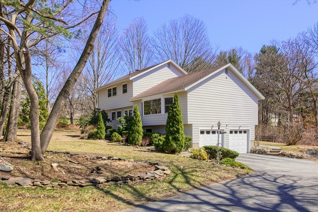 583 Kendall Road, Tewksbury, MA, 01876, Middlesex Home For Sale