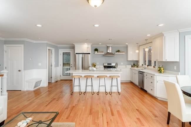 33 Oval Road Quincy MA 02169