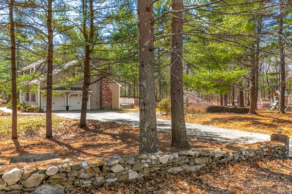 1 Stonecleave Ln, Groton, MA, 01450, Middlesex Home For Sale