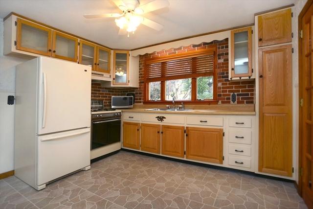 5 Briscoe Rd, Groveland, MA, 01834, Essex Home For Sale