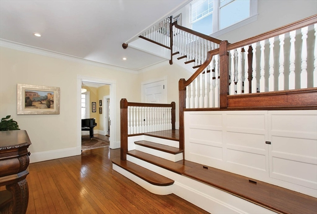 33 Kingsbury Road, Newton, MA, 02467, Middlesex Home For Sale