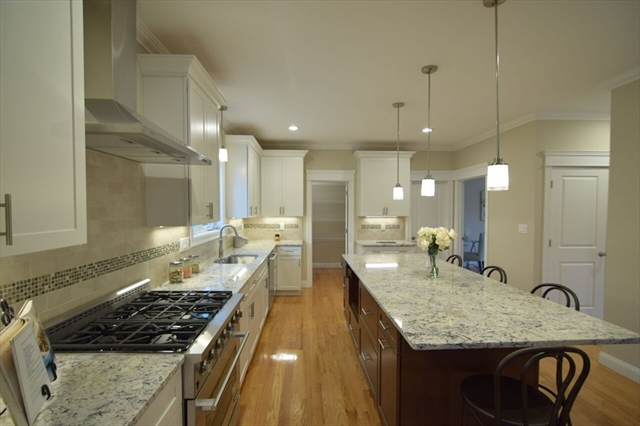 22 Harriett Ave, Burlington, MA, 01803, Middlesex Home For Sale