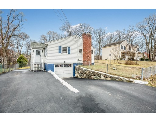 56 Lawrence Road Reading MA 01867