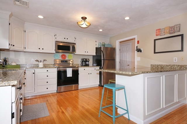 22 BRIARWOOD ROAD, Woburn, MA, 01801, Middlesex Home For Sale