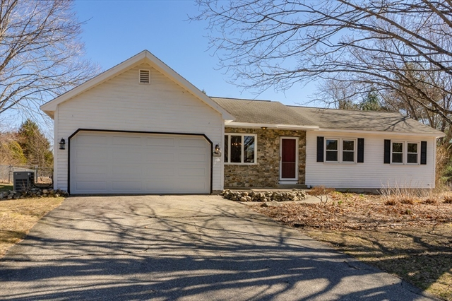 7 Turnbuckle Lane, Tyngsborough, MA, 01879, Middlesex Home For Sale