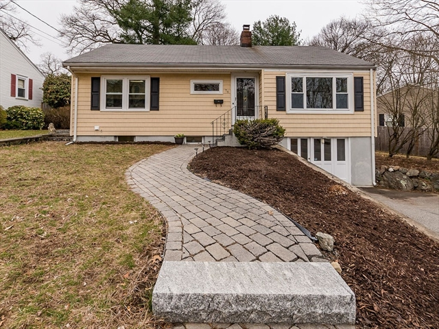 76 ROBIN HOOD RD, Stoneham, MA, 02180, Middlesex Home For Sale