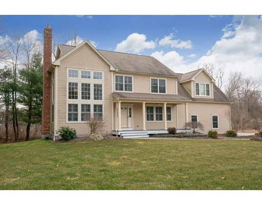 10 Nellies Way, Dudley, MA 01571