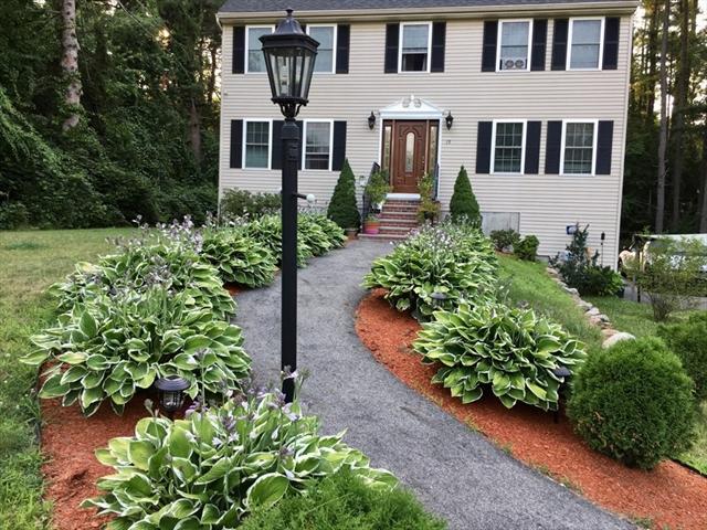 15 Mercier St, Dracut, MA, 01826, Middlesex Home For Sale