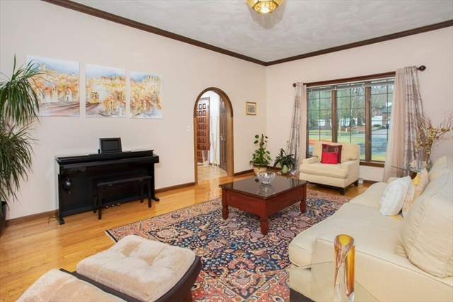 8 Liberty Lane, Lynnfield, MA, 01940, Essex Home For Sale