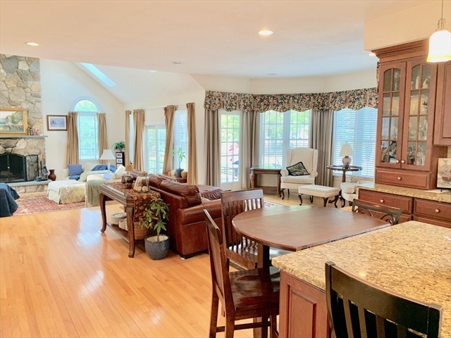 44 Walnut Hill Drive, Scituate MA Real Estate Listing | 72481316