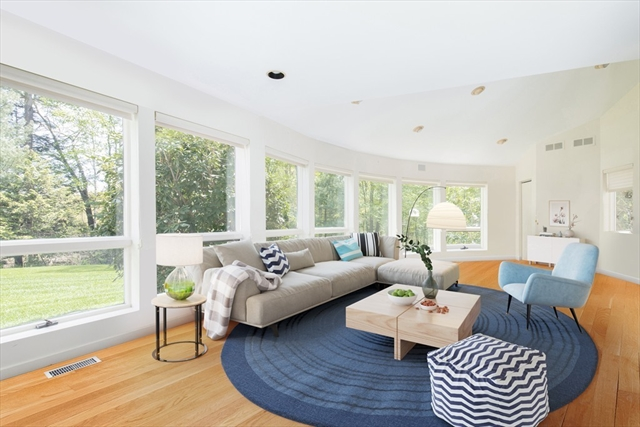 1512 Monument St, Concord, MA, 01742, Middlesex Home For Sale