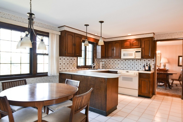 6 Lantern Lane, Wakefield, MA, 01880, Middlesex Home For Sale