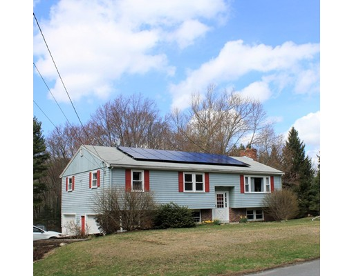 63 Liberty St, Acton, MA 01720