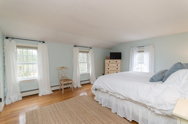 70 Herring Weir Road Duxbury MA 02332