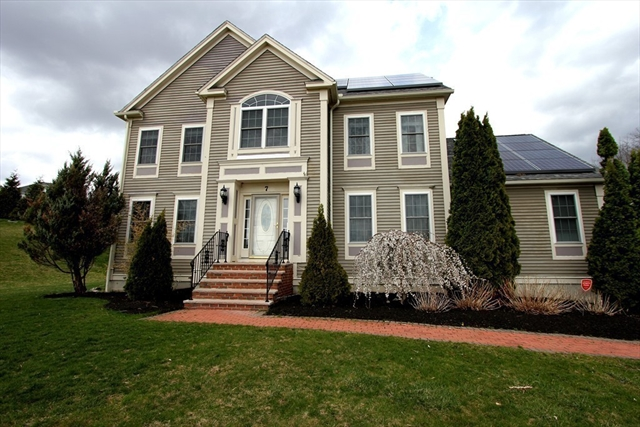 7 Mockingbird Ln, Dracut, MA, 01826, Middlesex Home For Sale