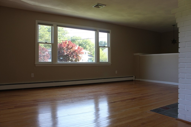 8 Belford Circle, Woburn, MA, 01801, Middlesex Home For Sale