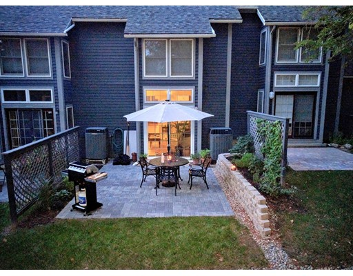 31 Amity Place Amherst MA 01002