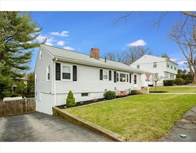 21 Beverly Ave., Marblehead, MA 01945