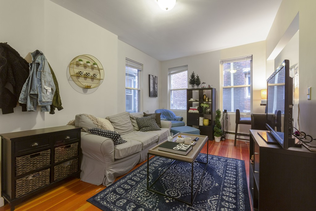 11 Noyes Pl  (Utilities INCLUDED), #3 (Pets!), Boston, 02113, North End |  East Coast Realty