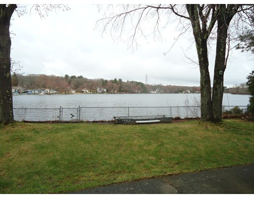 22 E Scenic View Drive, Johnston, RI 02919