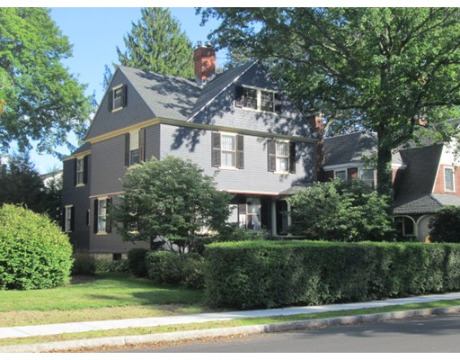38 Sever St, Worcester, MA 01609