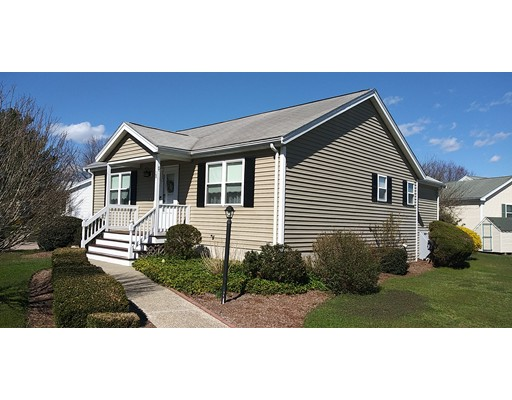 38 Brookbend Way W East Bridgewater MA 02333