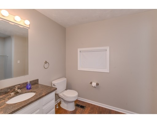5 Grove Ridge Path, Shrewsbury, MA 01545