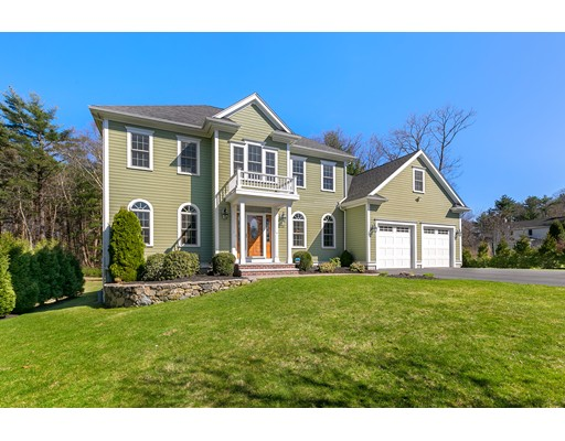 23 Hummingbird Lane Walpole MA 02081