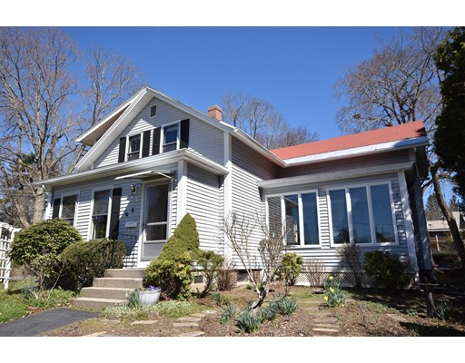 4 Clifton Avenue Amherst MA 01002