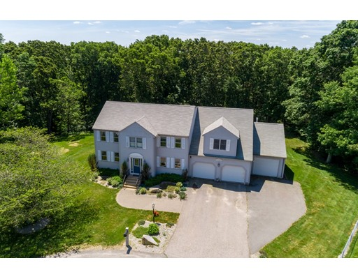 212 Tara Lane, Woonsocket, RI 02895