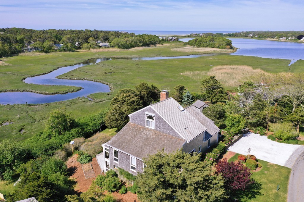 Photo of 27 Youngs Farm Ln Chatham MA 02633