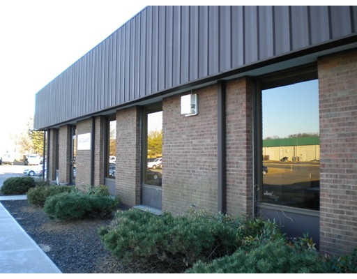 1 Corporate Dr, Windsor Locks, CT 06096