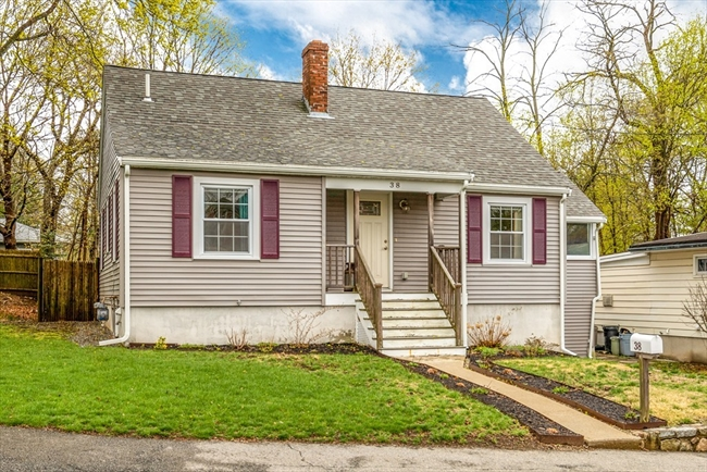 38 Hillcrest Avenue Beverly MA 01915