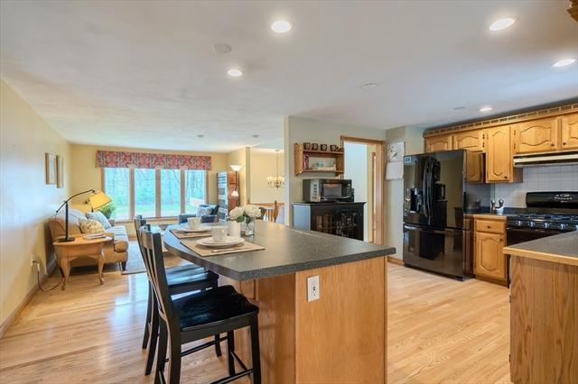 41 Sesame Street, Tewksbury MA Real Estate Listing | MLS# 72487827