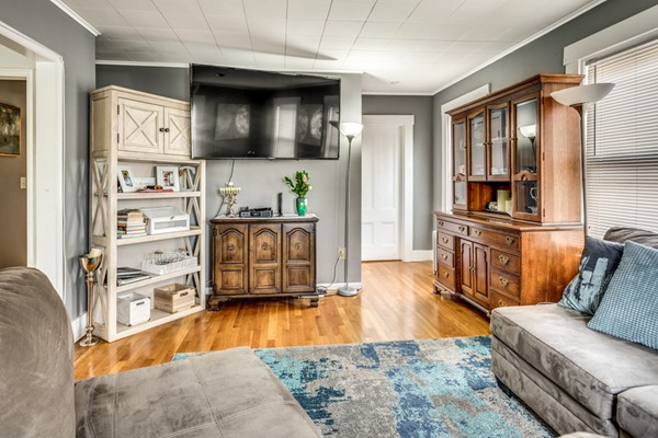 698 Waverley St, Framingham, MA, 01702,  Home For Sale