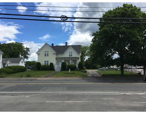 135 S Franklin St, Holbrook, MA 02343