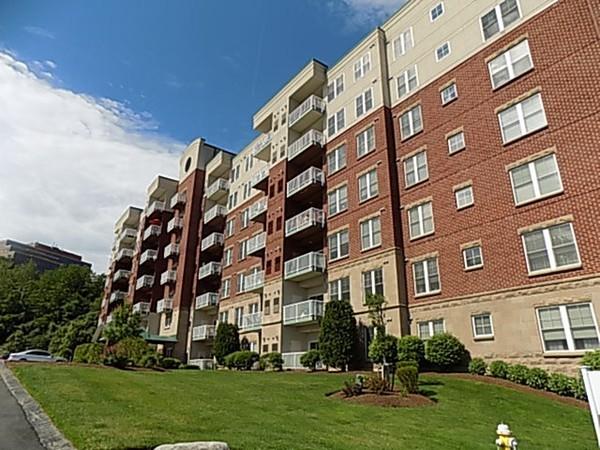 36 Village Rd, Middleton, MA, 01949,  Home For Sale