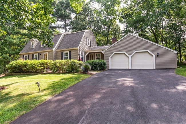 8 Forest Hill Drive Andover MA 01810