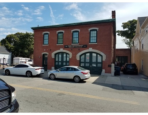 Great office/commercial space, close to Downtown.  Fully renovated.  Has 2 private office spaces, and one large office space, kitchenette & full bath with shower.  Easy to show.