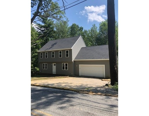 129 Quinapoxet St, Holden, MA 01522