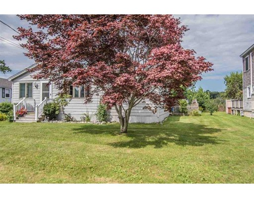 6 Gentian Road Hampton NH 03842
