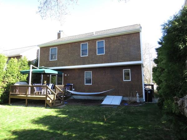 43 Stoneledge Road Dartmouth MA 02748
