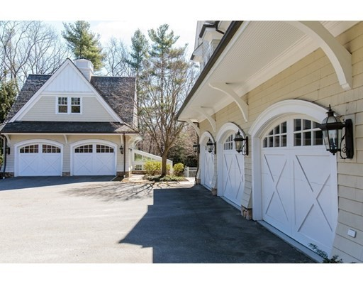 5 bed, 6 bath home in Dover for $5,995,000
