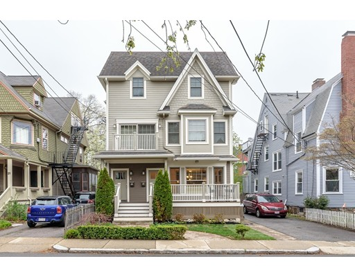 19 Harris St 2, Brookline, MA 02446