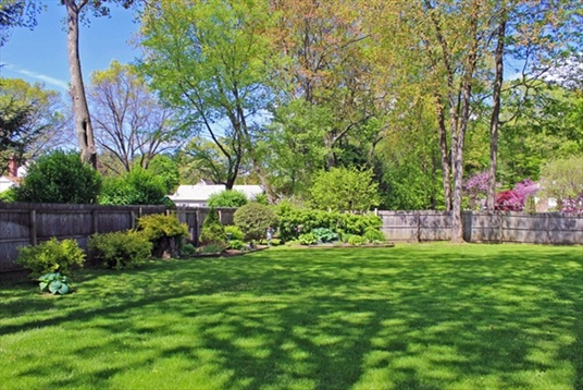 112 Bungalow Avenue, Greenfield, MA: $259,900