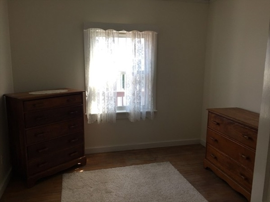 717 Bernardston Rd, Greenfield, MA: $325,000
