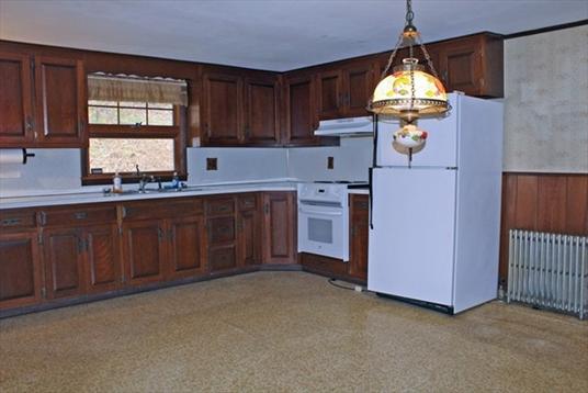 361 Millers falls Road, Northfield, MA: $215,000