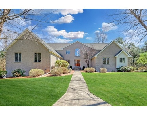 141 Country Club Dr, East Longmeadow, MA 01028