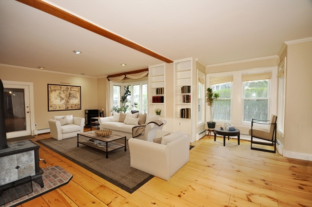 30 Thompson St, Maynard, MA, 01754,  Home For Sale